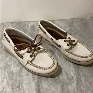 Sperry White leather casual boat shoes